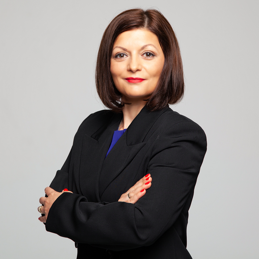 Галя Менова